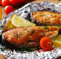 Горбуша, запечённая в духовке с помидорами и сыром: рецепт с фото, как запечь в фольге