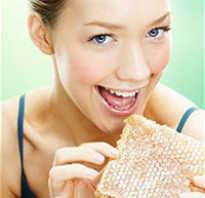 Как правильно употреблять мёд, чтобы была польза: сколько и как часто, в какое время лучше есть