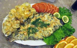 Лещ в сметане: как приготовить в духовке и на сковороде, рецепт запечённого в фольге с луком и по-московски